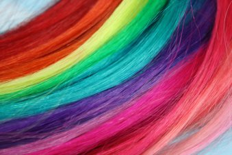 rainbow colors elle beautyness tendenze arcobaleno style vany.jpg